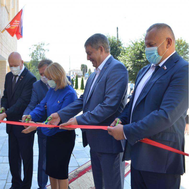 Торжественное открытие бассейна в Климово