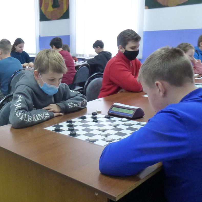 Итоги областных предновогодних соревнований по русским шашкам