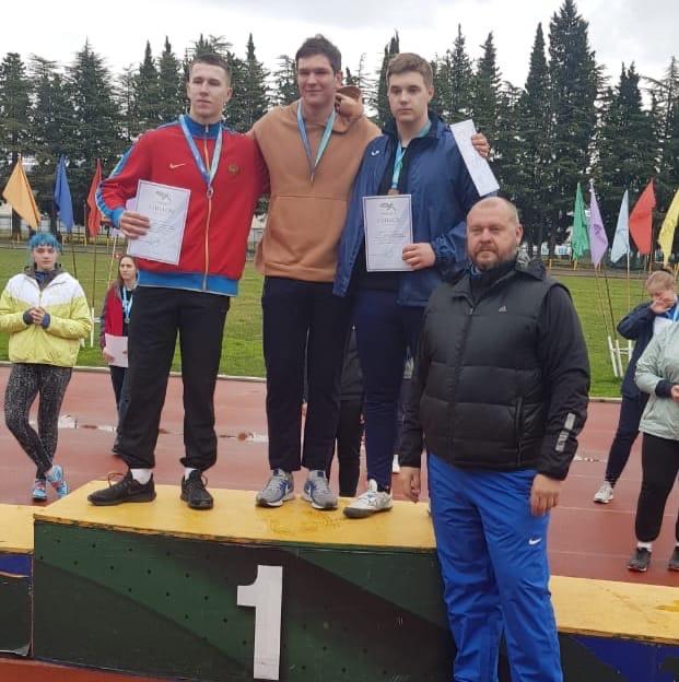 Золото и бронза метателей на Всероссийских соревнованиях