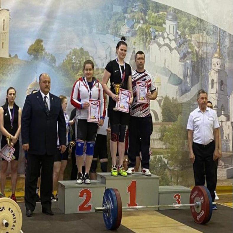 Итоги чемпионата ЦФО среди мужчин и женщин по тяжелой атлетике